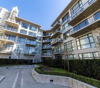 North Vancouver, BC – One bedroom accessible unit available now in desirable neighbourhood